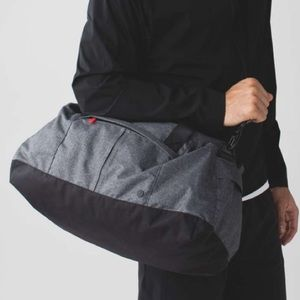 Lululemon Men's Cool Down Duffle Gym Travel Bag